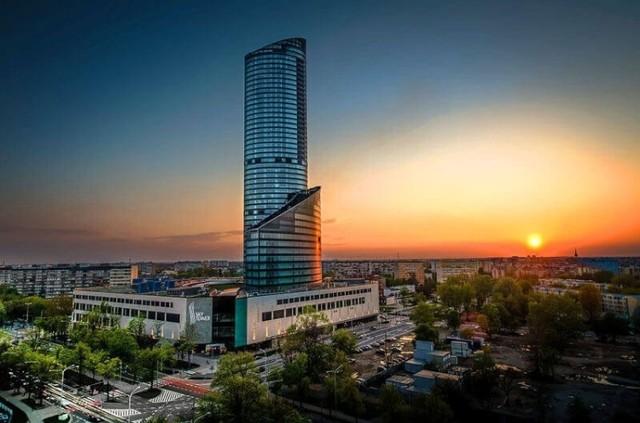 Sky Tower we Wrocławiu.