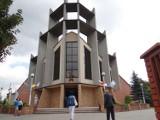 Zmiany w parafiach w Zduńskiej Woli i Rossoszycy od lipca