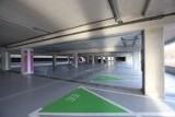 Dwa nowe centra przesiadkowe za ponad 180 mln zł w Katowicach. Na obu hula wiatr. Olbrzymie parkingi w Zawodziu i Brynowie są puste