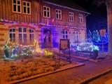 Urząd Gminy w Bytnicy przygotowany i przystrojony na Święta Bożego Narodzenia. Iluminacje robią wrażenie?