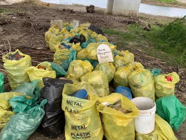 Sprzątanie Jeziora Mucharskiego