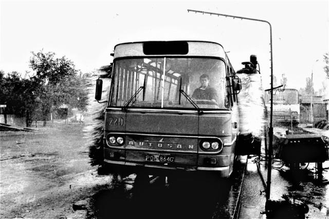 Autobusy MPK na zdjęciach w obiektywie sprzed lat