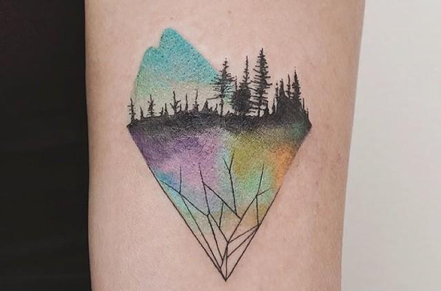 Każdy salon tatuażu wymięka przy dziełach tego artysty. Zobaczcie niesamowite geometryczne tatuaże