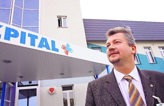 Jacek Domejko zamierza podać NFZ do sądu, by odzyskać 10 mln. zł za dodatkowe zabiegi.