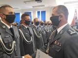 Święto Policji w Grudziądzu. Funkcjonariusze odebrali awanse. I dziękowali swoim rodzinom, których na uroczystości nie było [zdjęcia]