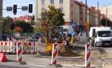 Grudziądz. Tak wygląda budowa nowej sieci tramwajowej na ul. Chełmińskiej, między ul. Brzeźną a Bydgoską w Grudziądzu. Zobacz zdjęcia