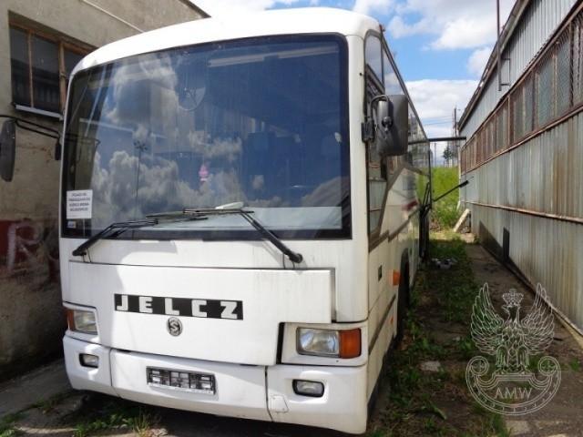Autobus pasażerski JELCZ T120/3 EWA Ilość: 1 NR fabryczny: SUJ123410W0000007 Rok produkcji: 1998 Cena: 10 000