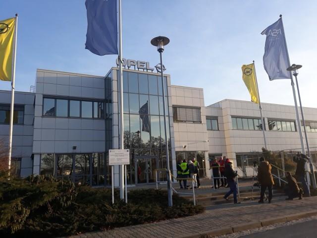 Opel zamyka swoją fabrykę do końca marca