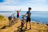 10 najlepszych rowerowych tras w Polsce. Propozycje dla fanów wakacji na dwóch kółkach