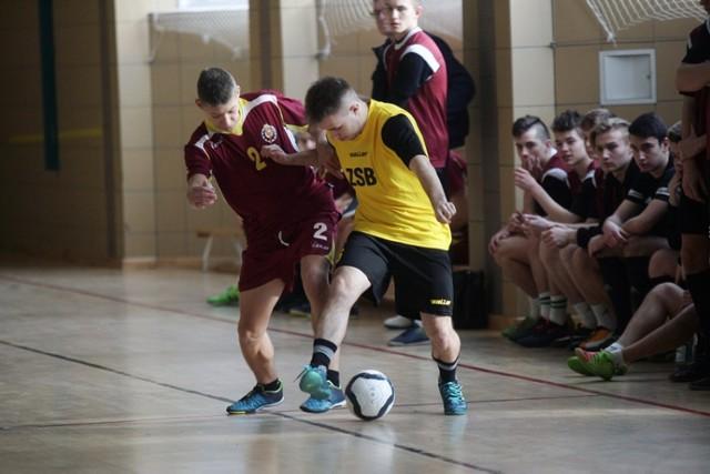 """Drużyna """"Budowlanki"""" wygrała Halowy Turniej Piłki Nożnej w Legnicy."""