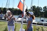 Kruszwica. Na Gople trwają dwudniowe Wojewódzkie Regaty Żeglarskie. Załogi walczą między innymi o Błękitną Wstęgę Jeziora Gopło - zdjęcia