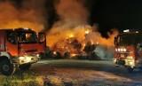 Spłonęło 300 balotów słomy w spółce pod Wołczynem. Być może to kolejne podpalenie