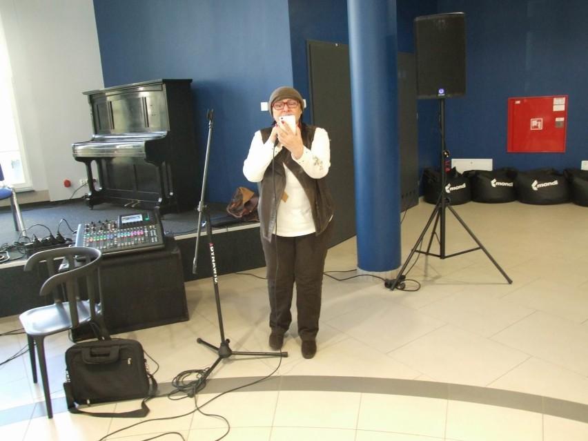 Warsztaty wokalne w kinie Rondo prowadzi znana piosenkarka...