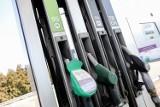 Coraz więcej płacisz za paliwo? Szukamy rozwiązania, jak mimo wszystko zaoszczędzić po zatankowaniu