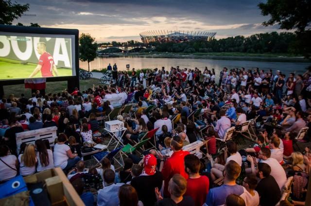 Znajdujący się nad Wisłą Beach Bar proponuje wspólne oglądanie meczu Real Madryt - Juventus Turyn na dużym ekranie, połączone z późniejszym afterparty. Więcej szczegółów znajdziecie w tym miejscu