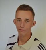 Zaginął Dawid Stolpa z Lichnów. Chojnicka policja prowadzi poszukiwania. Szesnastolatek może przebywać w Trójmieście [rysopis, zdjęcie]