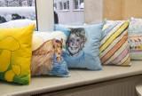 Niezwykłe poduszki trafią do seniorów z DPS (zdjęcia)