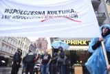 Manifestacja KOD w Toruniu. Protestowali przeciwko nacjonalizmowi [ZDJĘCIA]