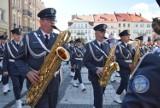 Występ Orkiestry Reprezentacyjnej Sił Powietrznych na Głównym Rynku w Kaliszu ZDJĘCIA