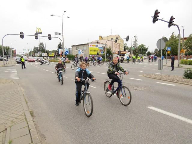 W Brodnicy organizowane są Rowerowe Masy Krytyczne, które mają pokazać jak ważna jest budowa ścieżek rowerowych