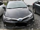 Policja rozbiła kilka ''dziupli samochodowych''. Demontowano tam pojazdy skradzione w Warszawie