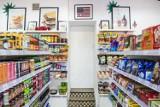 Sekretne sklepy z zagranicznym jedzeniem w Warszawie. Tam kupisz słodycze, przekąski i przyprawy z odległych zakątków świata