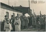 Centrum Skierniewic i mieszkańcy miasta w 1959 r. Pogrzeb Aleksandra Muszyńskiego ZDJĘCIA