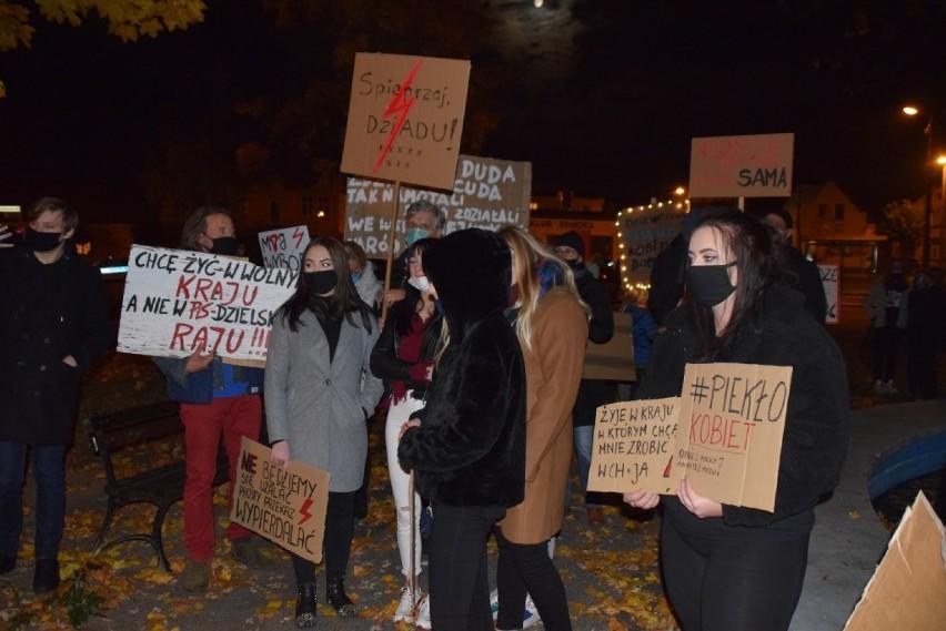 Protest kobiet Czerniejewo. Przeciwnicy zaostrzenia prawa...