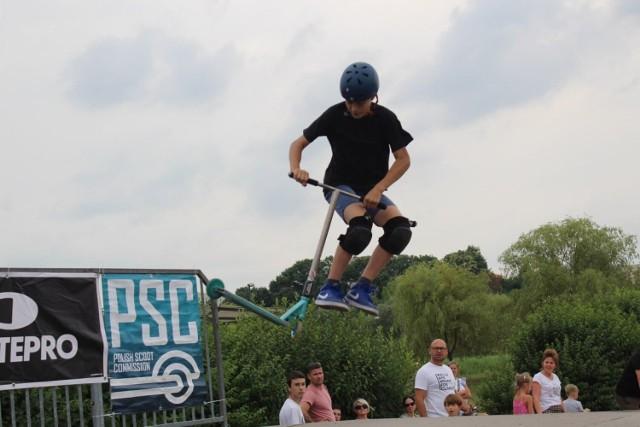 Areną zmagań w Eliminacjach Mistrzostw Polski w jeździe na hulajnodze w Żorach był skatepark w Parku Cegielnia.