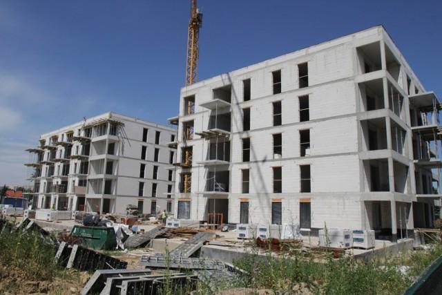 Budowa kolejnych budynków na Osiedlu Glivia idzie pełną parą. Zobacz kolejne zdjęcia. Przesuwaj zdjęcia w prawo - naciśnij strzałkę lub przycisk NASTĘPNE