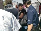 Policjanci szukali kieszonkowców na targu w Mielcu [zdjęcia]