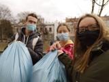 Młodzieżowa Rada Miasta zabrała się za sprzątanie okolic Prosny. ZDJECIA
