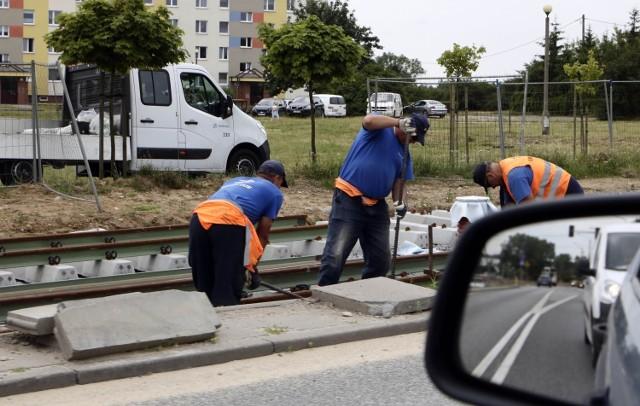 Najbardziej zaawansowane prace związane z przebudową sieci tramwajowej w Grudziądzu są na odcinkach przy osiedlu Rządz oraz przy ul. Chełmińskiej od Wiejskiej do Kraszewskiego