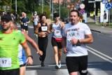 Kostrzyńska Dziesiątka. Biegaczki i biegacze opanowali miasto już po raz 35. Na starcie stanęło 215 osób