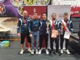 Gevorg Sahakyan z tytułem mistrzowskim, Aleksander Mielewczyk na podium