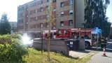 Pożar mieszkania przy ul. Oświęcimskiej w Lublińcu ZDJĘCIA Strażacy pracują na miejscu zdarzenia. Na szczęście nikt nie ucierpiał