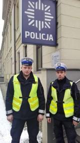 Policjanci po służbie uratowali obywatela Ukrainy