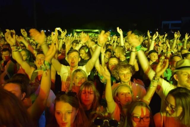 Festiwal Najcieplejsze Miejsce na Ziemi odbywa się każdego roku w ostatni weekend lipca. W tym roku wyjątkowo nie na stadionie, a online