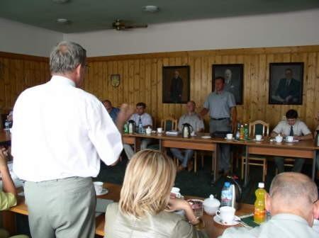 Słowna przepychanka na sesji Rady Miejskiej w Czersku pomiędzy Markiem Jankowskim, burmistrzem Czerska, a Krzysztofem Gogolewskim, radnym.