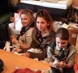 Szyjemy laleczki dla Elizy