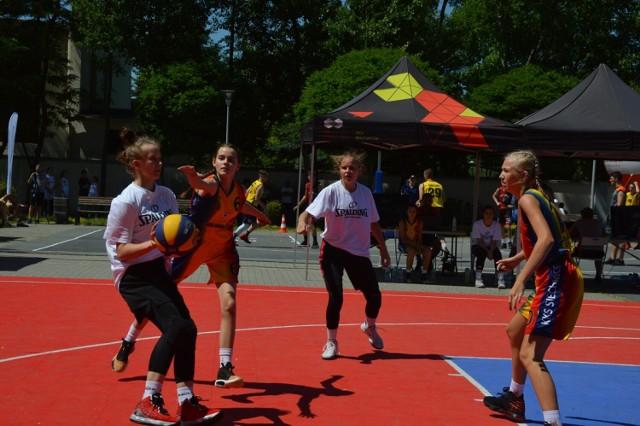 Turniej koszykówki ulicznej w Bełchatowie