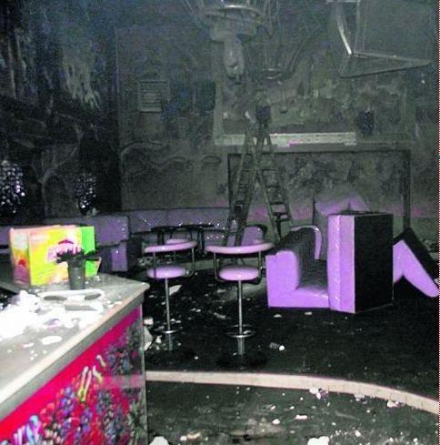 Pożar zniszczył całe wyposażenie znajdujące się wewnątrz budynku