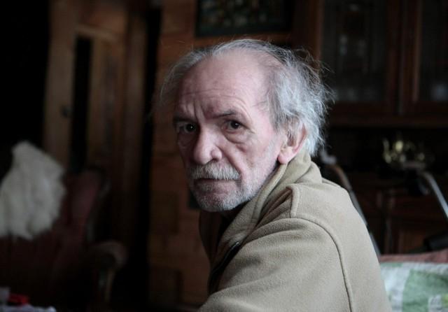 Bohdan Smoleń, popularny aktor, satyryk i kabareciarz, związany m.in. z legendarnym Kabaretem Tey, zmarł 15 grudnia 2016 roku.