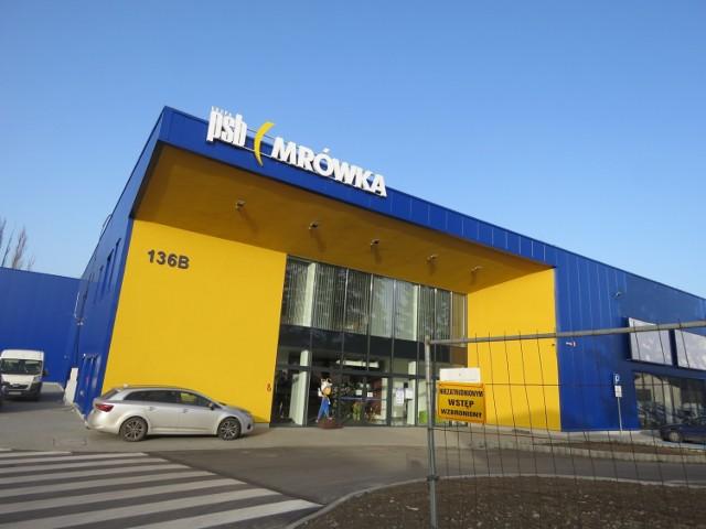 Nowy sklep PSB Mrówka w Andrychowie przy ul. Krakowskiej. Otwarcie 5 marca od godz. 7.00.