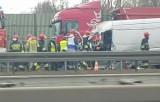 Katowice: Wypadek na autostradzie A4 [ZDJĘCIA]. TIR zderzył się z dostawczakiem.