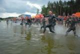 W wodzie, na rowerze, w biegu. Triathlon w Białymstoku. Finał serii zawodów ELEMENTAL Tri Series [ZDJĘCIA]