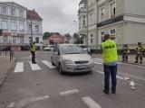 Potrącenie mężczyzny na przejściu dla pieszych w Kwidzynie na ul. Grudziądzkiej. 67-latek trafił do szpitala
