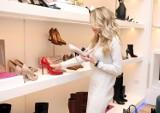 Szpilki – jak chodzić w butach na obcasie oraz czym się kierować przy ich zakupie?