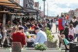 Otwarcie ogródków gastronomicznych w Trójmieście. W niektórych miejscach już w nocy były tłumy!