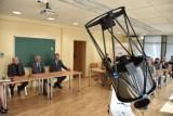 Uniwersytet Zielonogórski kupił superteleskop. Wiesz co robi? Wykrywa śmieci w kosmosie!